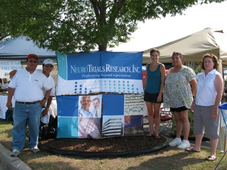 NeuroTrials Staff at the Pigs and Peaches BBQ Festival